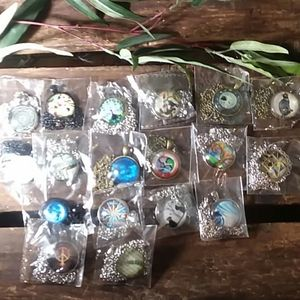 New lot of 18 cabochon necklaces